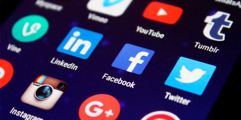 5 Things you MUST Know about Updating Social Media Graphics